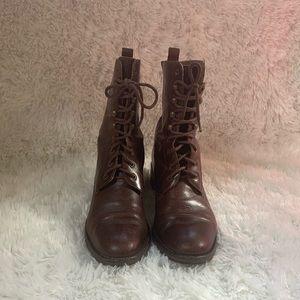 Ladies Caramba Size 6 1/2 100% Leather Upper Combat Boots.